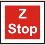 BT-4 Stop — zwrotnica eksploatowana jednostronnie. Oznacza zakaz wjazdu kierującego tramwajem na zwrotnic´ bez zatrzymania się przed zwrotnicą i obowiązek sprawdzenia, czy położenie iglicy jest prawidłowe