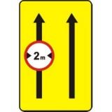 F-22 Ograniczenia na pasie ruchu. Wskazuje pas ruchu, na którym jest zabroniony ruch pojazdów określonych symbolem znaku zakazu